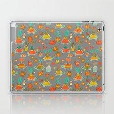 Pattern Project #4 / Esio Trot Laptop & iPad Skin