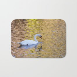 Swan Sipping Water Bath Mat