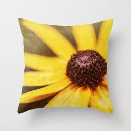 Black-Eyed-Susan Daisy Throw Pillow