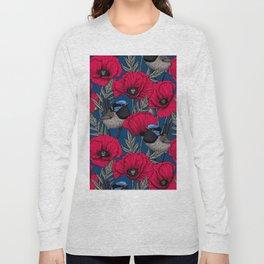 Fairy wren and poppies Long Sleeve T-shirt