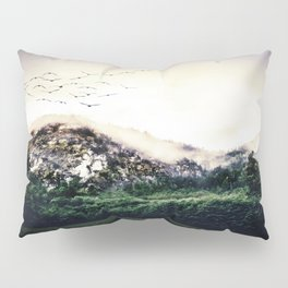The Liveliness of Wildlife Pillow Sham