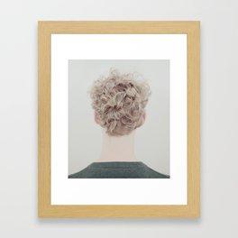Fördolt Framed Art Print