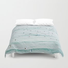IT'S CROWDED FOR THE CROWD Duvet Cover