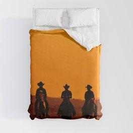 Wild West sunset - Cowboy Men horse riding at sunset Vintage west vintage illustration Duvet Cover