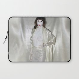 """say no to patriarchy / """"the fashion"""" Laptop Sleeve"""