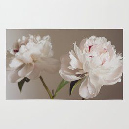 Twin peonies (natural) Rug