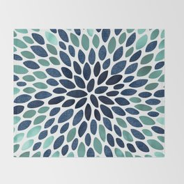 Flower Bloom, Aqua and Navy Decke