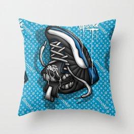 Sneaker Smoké Blue Royal Stain Throw Pillow