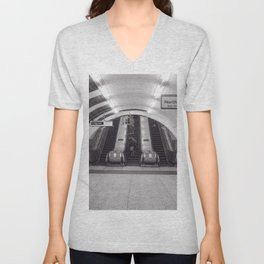 London Underground in black and white Unisex V-Neck