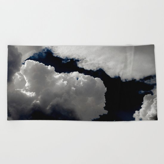 Dark sky Beach Towel