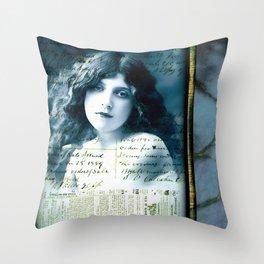 Desdemona's Final Song Throw Pillow