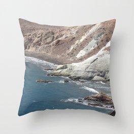 sea cliffs Throw Pillow