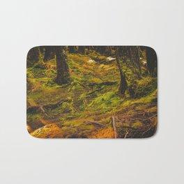 Sombre forêt Bath Mat
