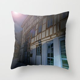 A place for good food Throw Pillow