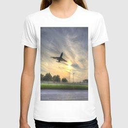 Boeing 747 Sunset Landing T-shirt