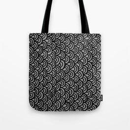 Escamas Tote Bag