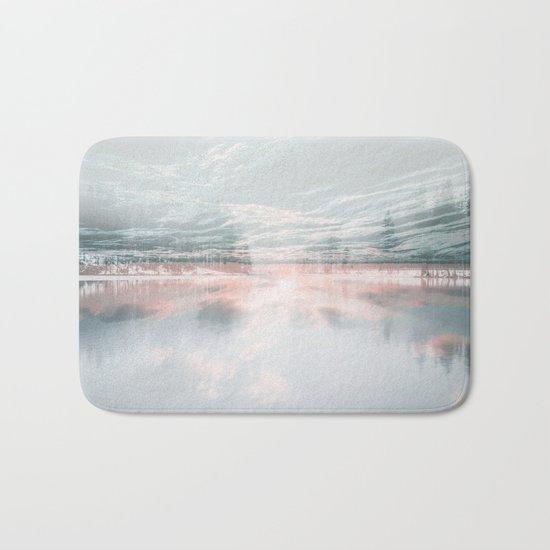 Fluid Glass Bath Mat