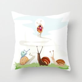 Ole ole caracoles Throw Pillow