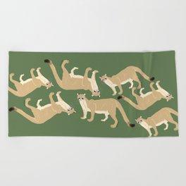 Carnivores of World: Cougar Pum(a) (c) 2017 Beach Towel