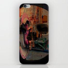 Skull machine iPhone Skin