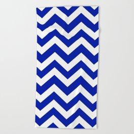 Blue (Pantone) - blue color - Zigzag Chevron Pattern Beach Towel