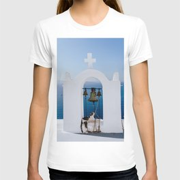 Greece church bell with white cross and blue sea phoograpy T-shirt