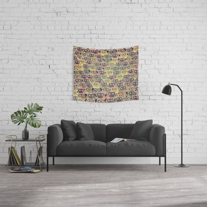 owl-83 Wall Tapestry