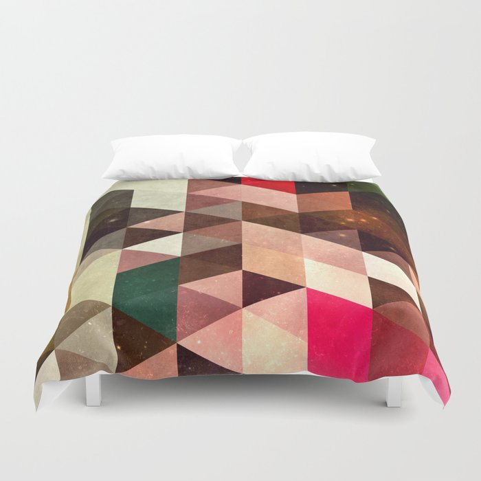 pyrty xyn Duvet Cover