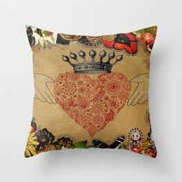 The Claddagh Throw Pillow