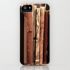Old Books (brown) iPhone (5, 5s) Slim Case