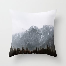 EL CAPITAN MEADOW Throw Pillow
