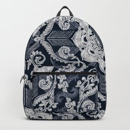 Centered Lace - Dark Backpack