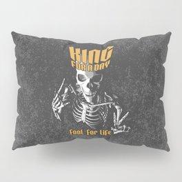 King For A Day Skull Pillow Sham