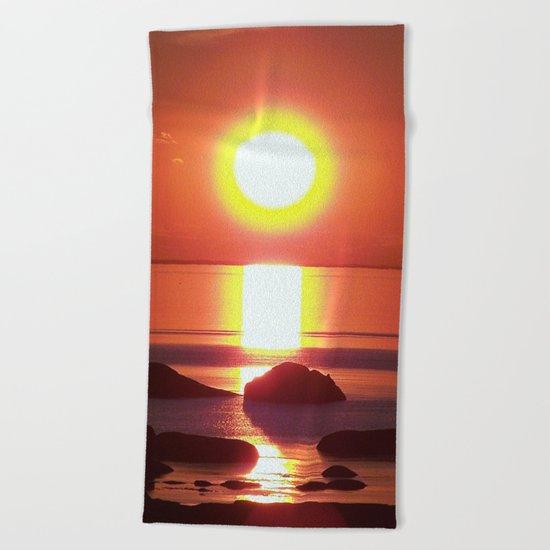 Halo around the Sun Beach Towel
