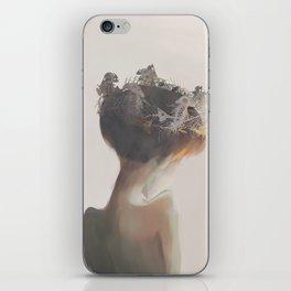 crown of fish iPhone Skin