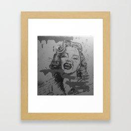 Makeup Marilyn BW Framed Art Print