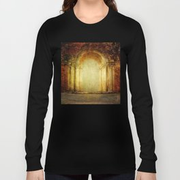 Vintage traditional old fort main gate design Long Sleeve T-shirt