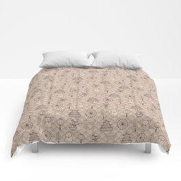 Retro asian pattern Comforters