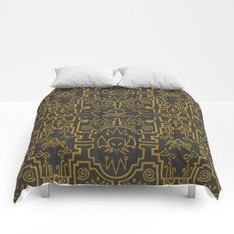 Lovecraftian pattern dark Comforters