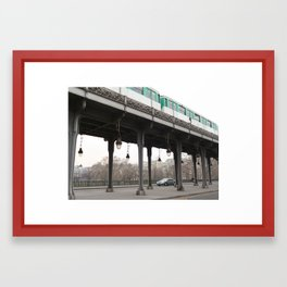 Paris' Bir-Hakeim bridge with metro Framed Art Print