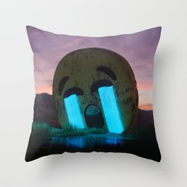 Cry out loud Throw Pillow