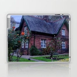 Princes Street Gardens - Edinburgh Laptop & iPad Skin