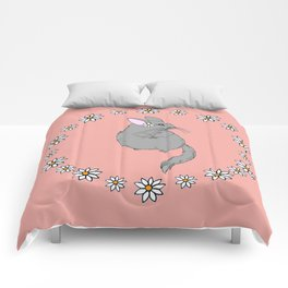 Daisy Chinchilla Flower Crown Border Comforters