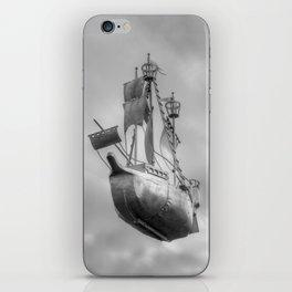 Sky sailor iPhone Skin
