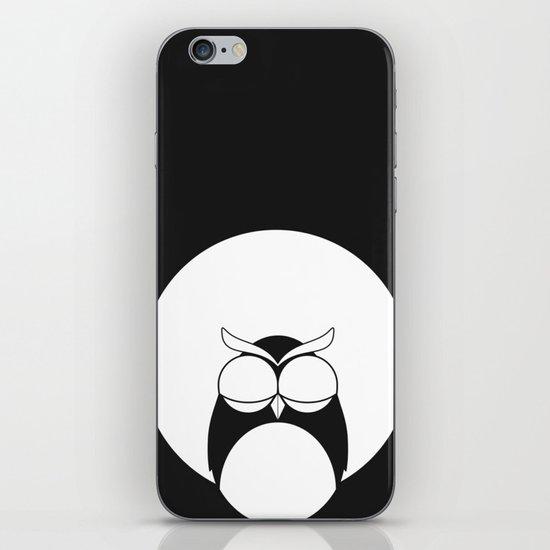 Sleepy owl iPhone & iPod Skin
