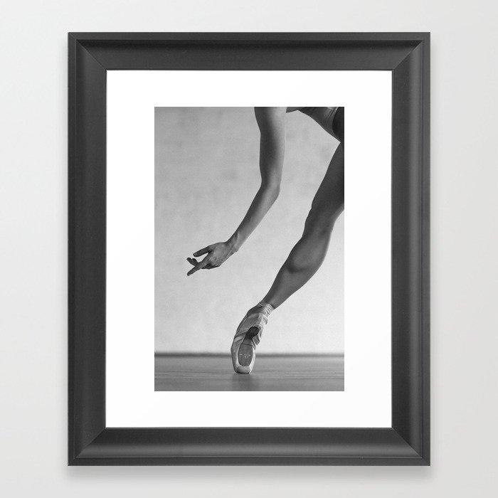 Ballet shoes Gerahmter Kunstdruck