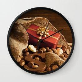 II - Bag with treats, for traditional Dutch holiday 'Sinterklaas' Wall Clock