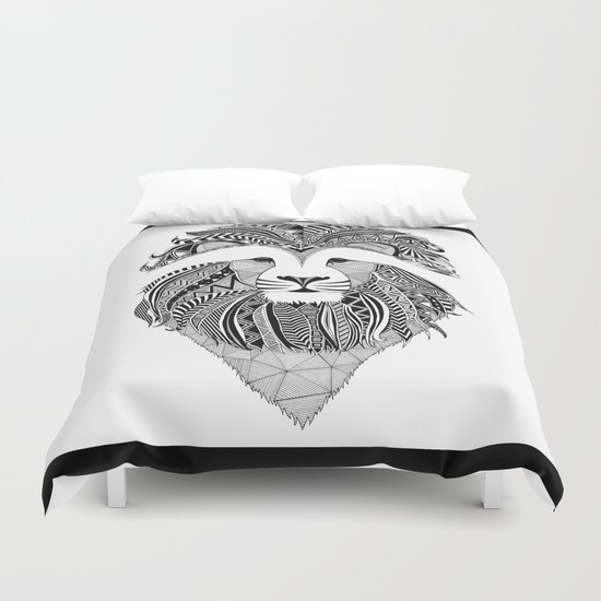 Lion - dark Duvet Cover