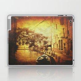Romantic ride Laptop & iPad Skin