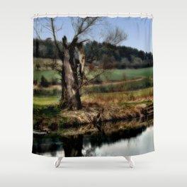 Alter Baum Shower Curtain